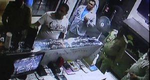 nti-news-inspector-beaten-drunk-employees-Agra-in-hotel-up